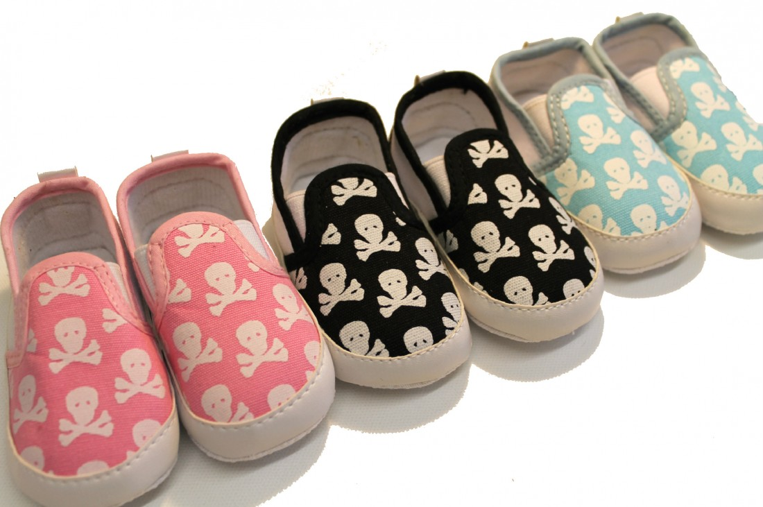 Skull & Crossbones Baby Shoes Cool Baby Shoes