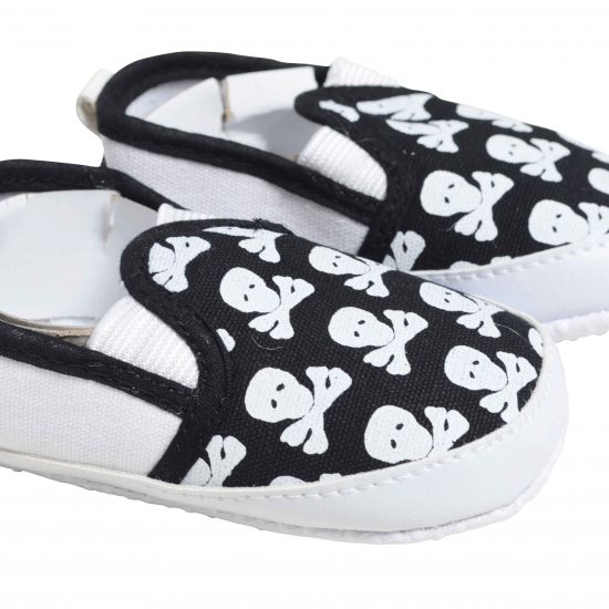 Cool baby boys shoes in black with skull & crossbones print