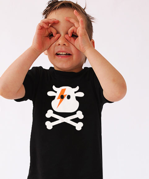 Cool kids t-shirt in black with epic cow & crossbones ziggy stardust print
